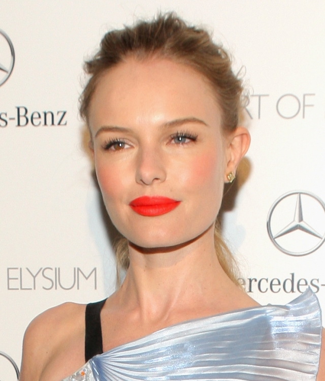 ce5b3_Kate-Bosworth-Orange-Lipstick